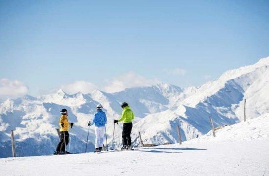 winter-holidays-racines-val-giovo-alto-adige-(1)